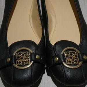 Liz Claiborne Shoes - Liz Claiborne Women Black Ballerina Flats Size 7M